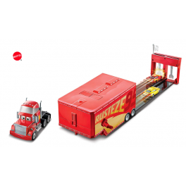 Kamion Mack závodní dráha s McQueenem