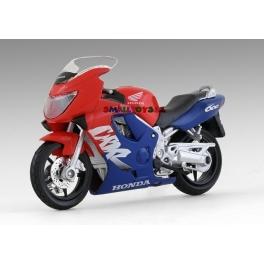 Honda CBR 600 F Maisto 1:18